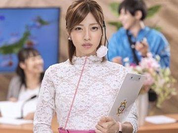 ディレクターの鈴木は催眠光線で番組をのっとり美人キャスターを操り猥褻放送!市川まさみ