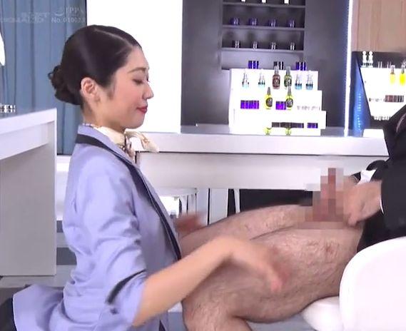 デパートで働く美容部員のの生フェラごっくんサービス 香苗レノン