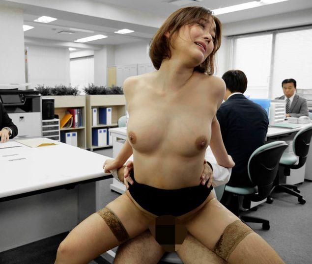 洗脳契約書を手に入れ高飛車な女社長を性奴隷にする。西野翔