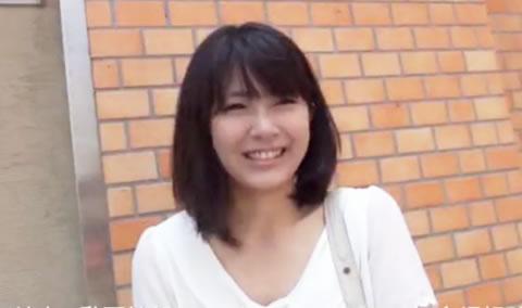【素人】神奈川県鎌倉の人妻とSEX!!v ~清純な美人妻がAVに出演してヨガリまくり!