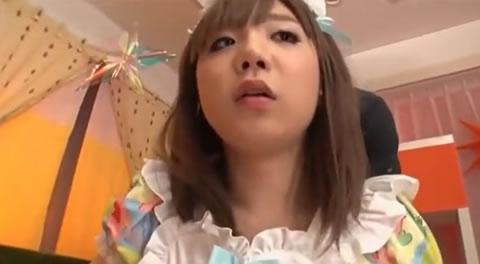 メイドコスプレの可愛いニューハーフ娘がアナルを突かれ連続で顔射!