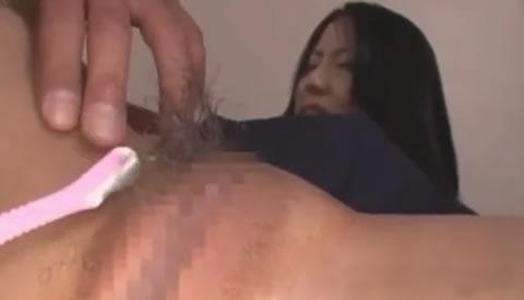 可愛い女子校生緊縛して陰毛を剃毛してパイパンにしちゃいます!