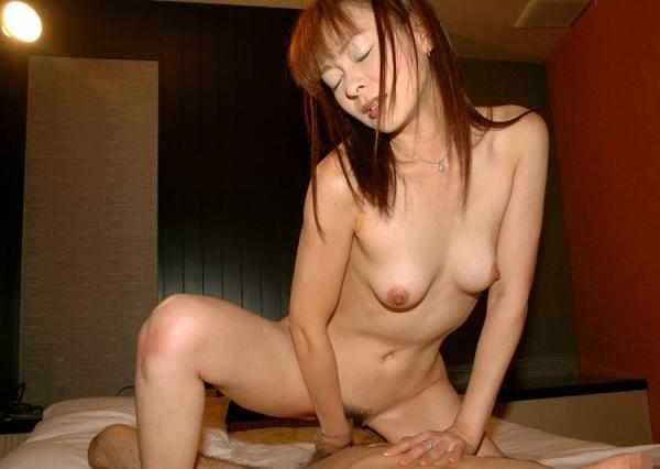 熟女 30代淫乱ママさん11人のエロ画像110枚の102枚目