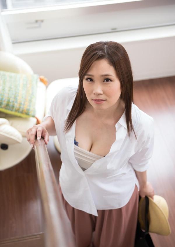 熟女 30代淫乱ママさん10人のエロ画像100枚の031枚目