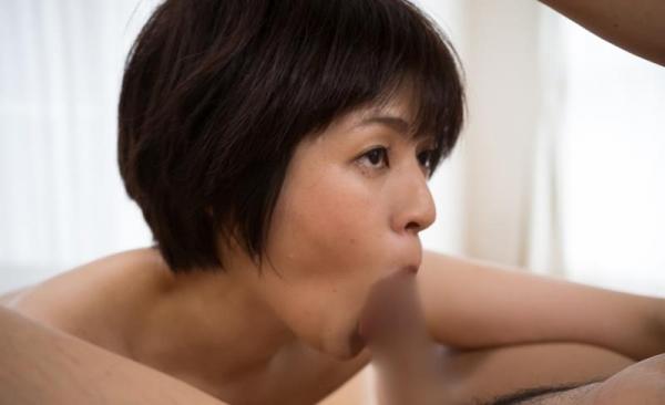 40代熟女 性欲が強いスケベな奥さんエロ画像70枚の16枚目