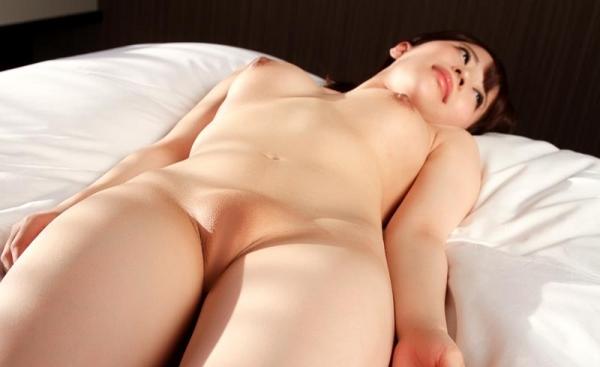 スレンダーでキレイなお姉さんの全裸ヌード画像100枚の035枚目