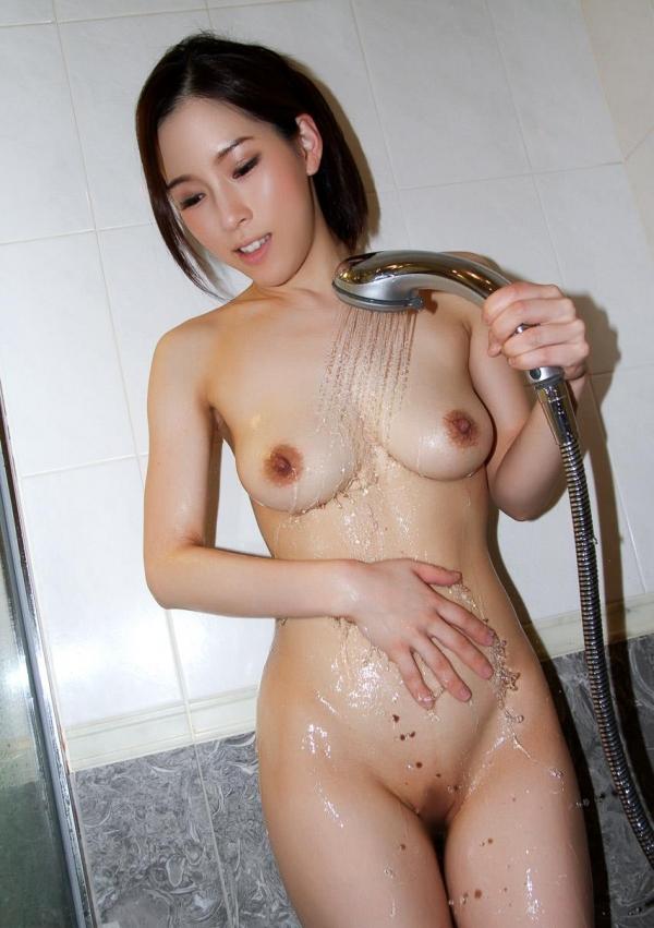 スレンダーでキレイなお姉さんの全裸ヌード画像100枚の042枚目