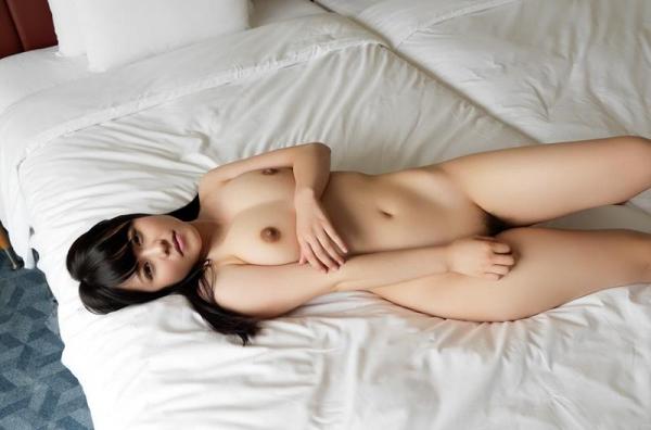 スレンダーでキレイなお姉さんの全裸ヌード画像100枚の070枚目