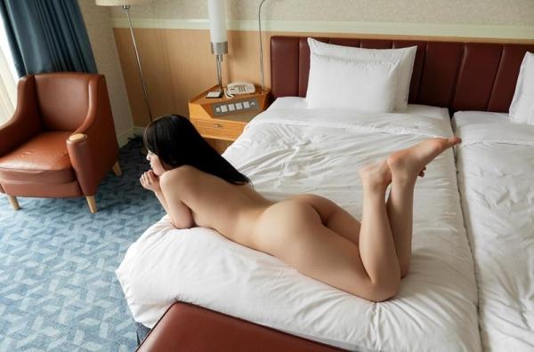 スレンダーでキレイなお姉さんの全裸ヌード画像100枚の071枚目