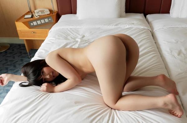 スレンダーでキレイなお姉さんの全裸ヌード画像100枚の073枚目