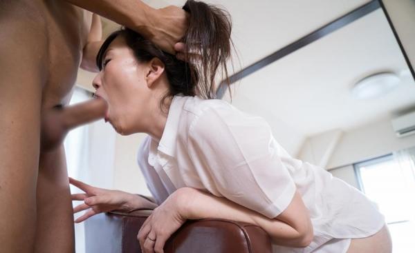 熟女エロ画像 アラフォー妻達のとめどもない性欲70枚の46枚目