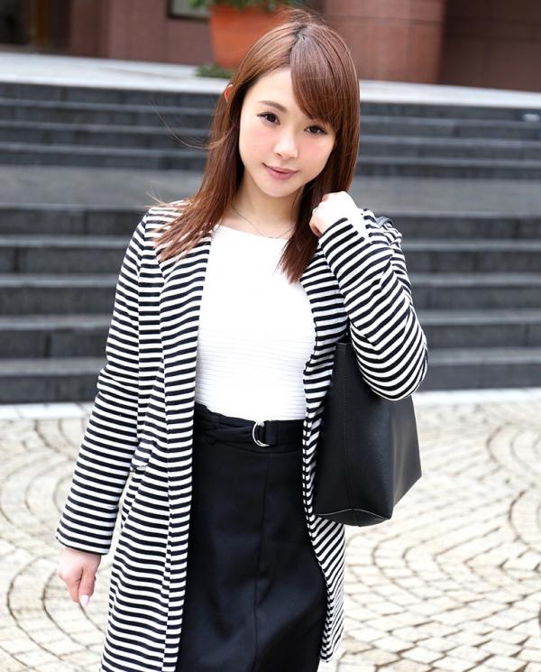 浅川亜紀(小西悠)美白美肌のむっちり奥様エロ画像35枚のa03枚目