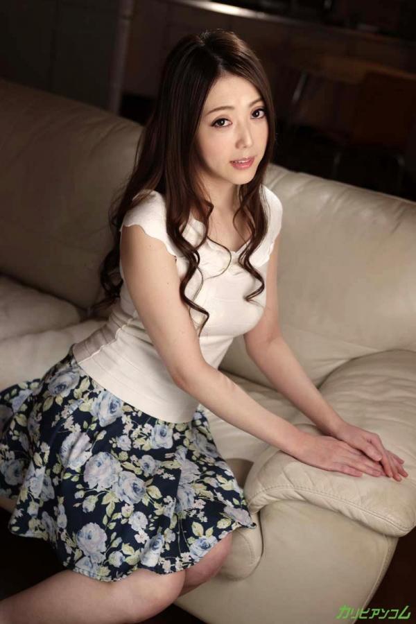 古瀬玲 フェロモン溢れる恍惚のパイパン熟女画像37枚のb002枚目