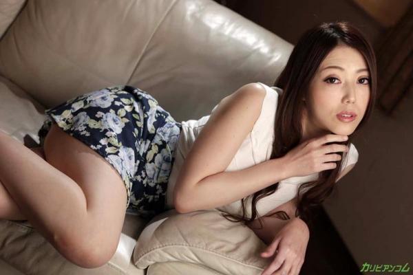 古瀬玲 フェロモン溢れる恍惚のパイパン熟女画像37枚のb003枚目