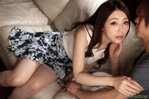 古瀬玲 フェロモン溢れる恍惚のパイパン熟女画像37枚のb007枚目