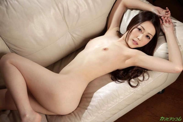 古瀬玲 フェロモン溢れる恍惚のパイパン熟女画像37枚のb009枚目