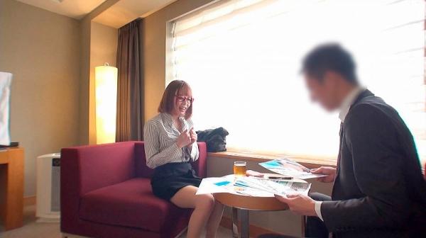 浜崎真緒さん、スレンダー爆乳の恵まれた身体で枕営業。画像61枚のc02枚目