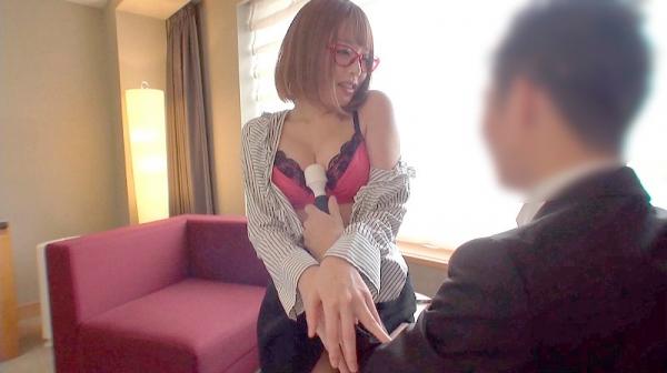 浜崎真緒さん、スレンダー爆乳の恵まれた身体で枕営業。画像61枚のc03枚目