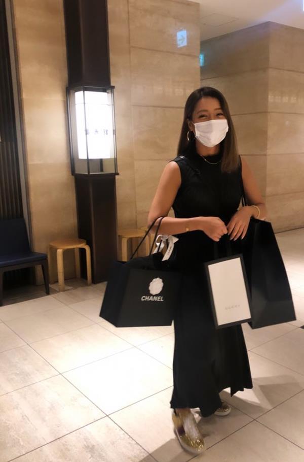 橋本梨菜さん、現在も日本一黒いグラドルやってる【エロ画像73枚】のa001枚目