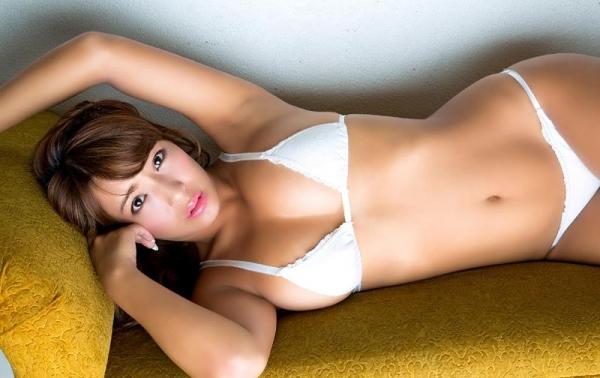 橋本梨菜さん、現在も日本一黒いグラドルやってる【エロ画像73枚】のb047枚目