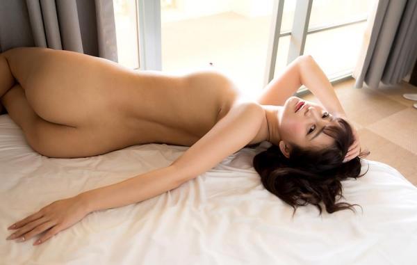 ひなたまりん 8頭身美女のフルヌード画像110枚の110枚目
