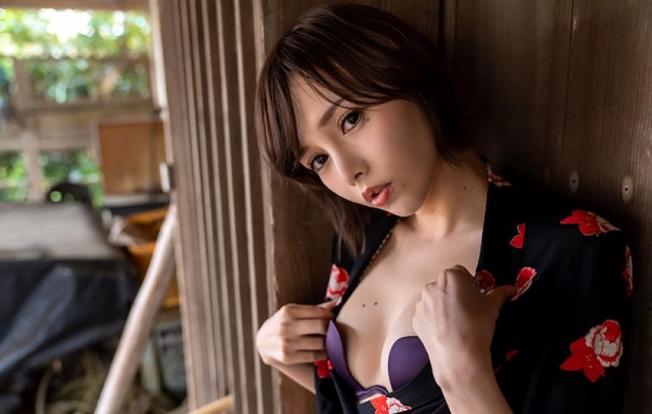 広瀬りおな(羽依澄玲)熟ロリ妖艶美女エロ画像110枚の007枚目
