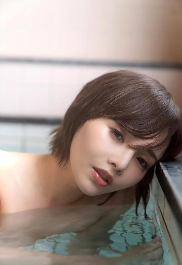 広瀬りおな(羽依澄玲)熟ロリ妖艶美女エロ画像110枚の062枚目