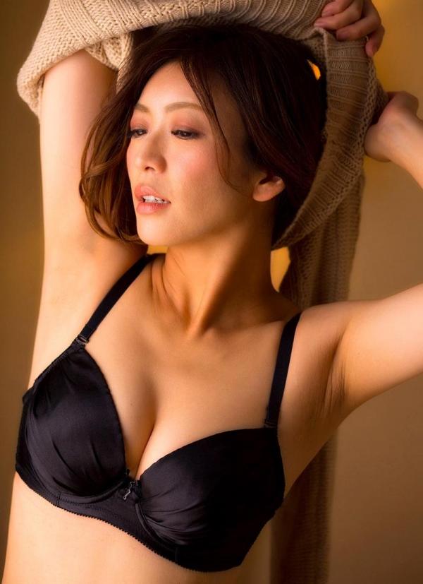 瞳リョウ 44歳 美熟女のゲスエロご奉仕がコチラ【画像】46枚のa04枚目
