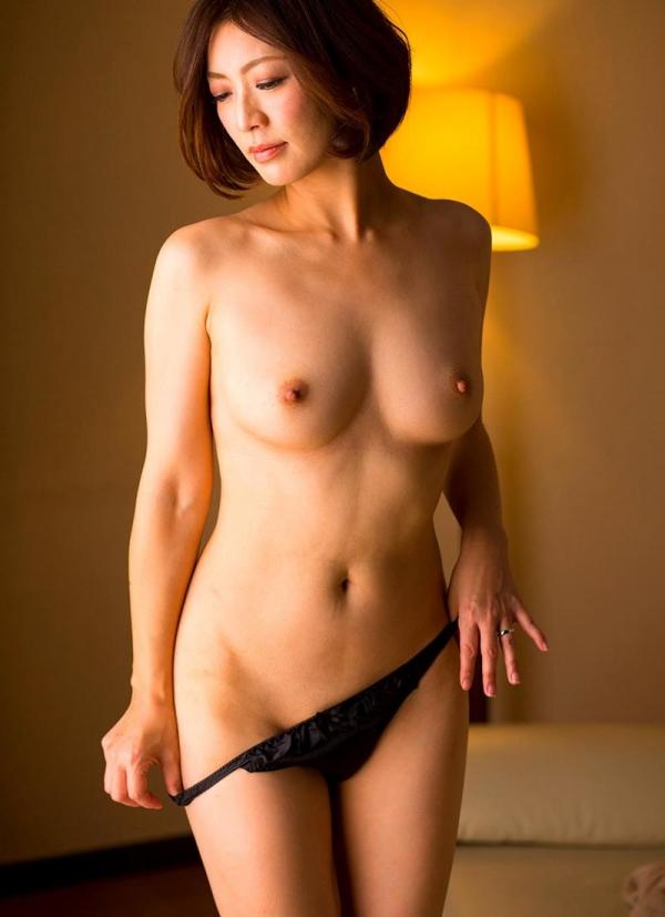 瞳リョウ 44歳 美熟女のゲスエロご奉仕がコチラ【画像】46枚のa07枚目