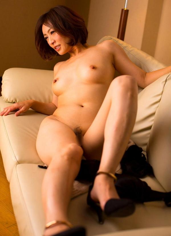 瞳リョウ 44歳 美熟女のゲスエロご奉仕がコチラ【画像】46枚のa16枚目
