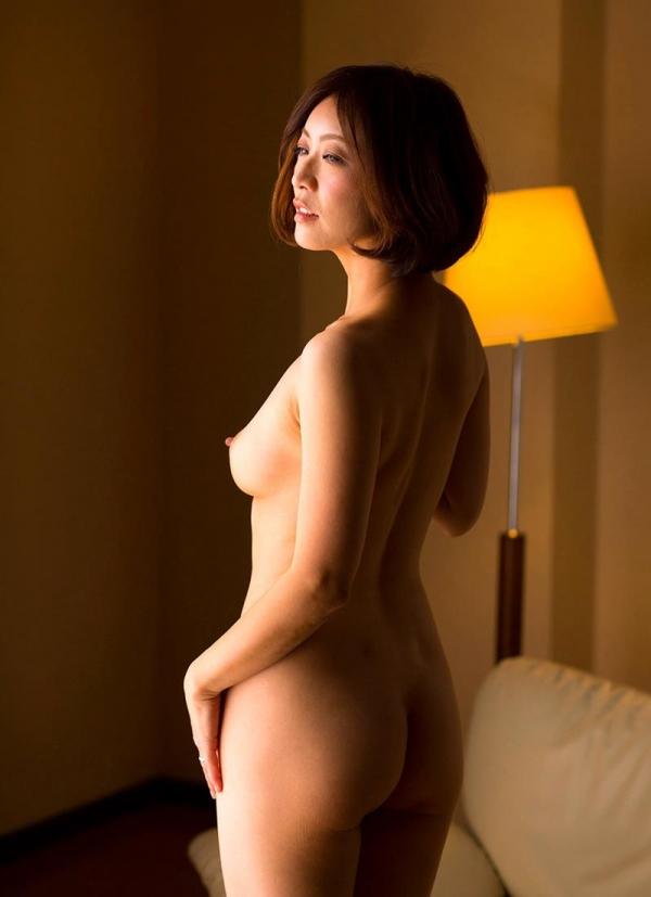 瞳リョウ 44歳 美熟女のゲスエロご奉仕がコチラ【画像】46枚のa19枚目