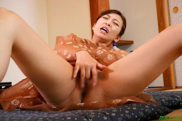 瞳リョウ 44歳 美熟女のゲスエロご奉仕がコチラ【画像】46枚の1