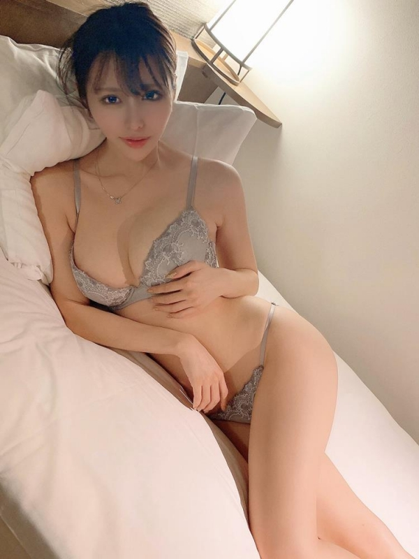 伊藤舞雪 奇跡のくびれ美巨乳ボディエロ画像59枚のa11枚目