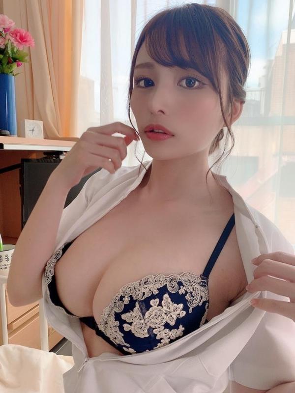 伊藤舞雪さん、神乳パイズリとドヤ顔フェラで一晩に10発抜いてしまう。画像48枚のa005枚目