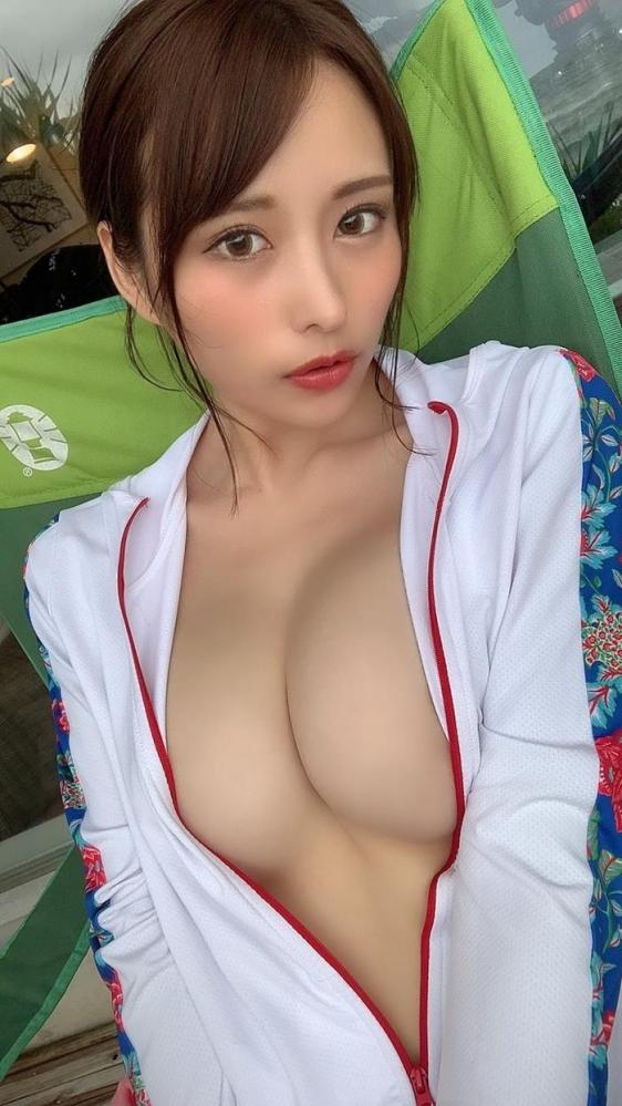 伊藤舞雪さん、神乳パイズリとドヤ顔フェラで一晩に10発抜いてしまう。画像48枚のa015枚目