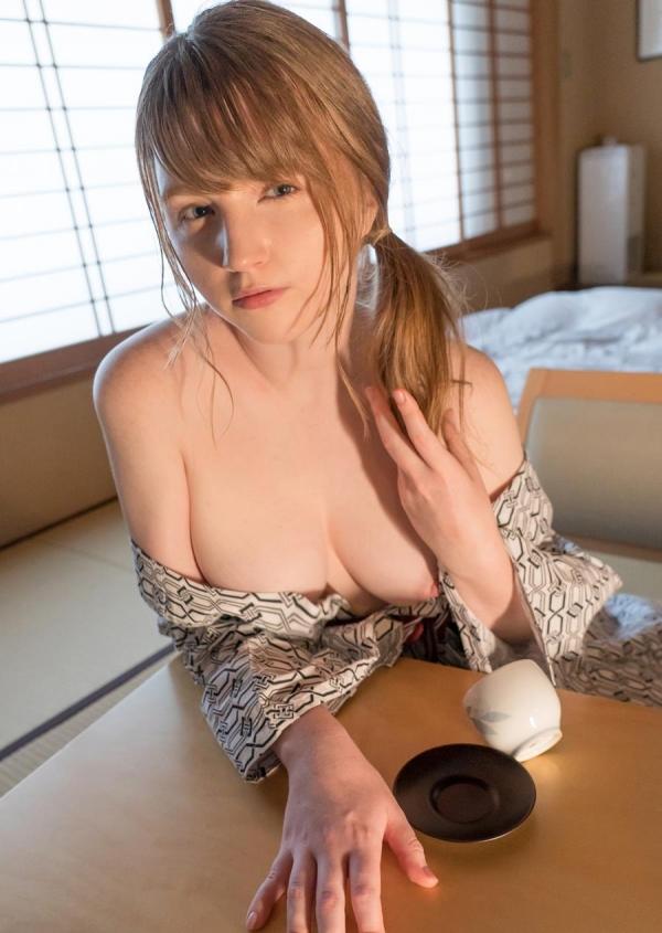 ジューン・ラブジョイ(June Lovejoy)むっちり金髪巨乳美女のエロ画像76枚のa37枚目
