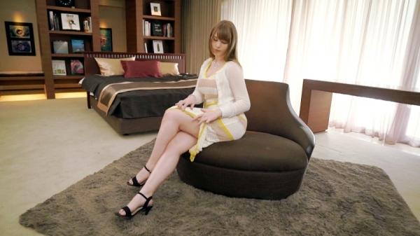 ジューン・ラブジョイ(June Lovejoy)むっちり金髪巨乳美女のエロ画像76枚のd02枚目