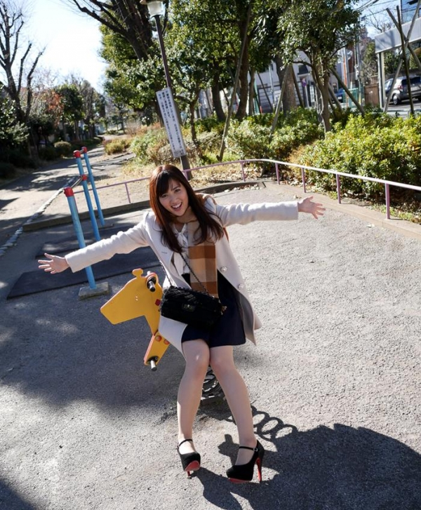 川崎亜里沙 お尻の大きなS級美人SEX画像118枚のb06枚目