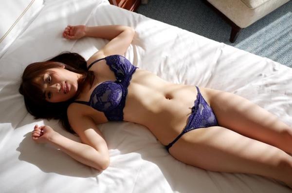 川崎亜里沙 お尻の大きなS級美人SEX画像118枚のb36枚目