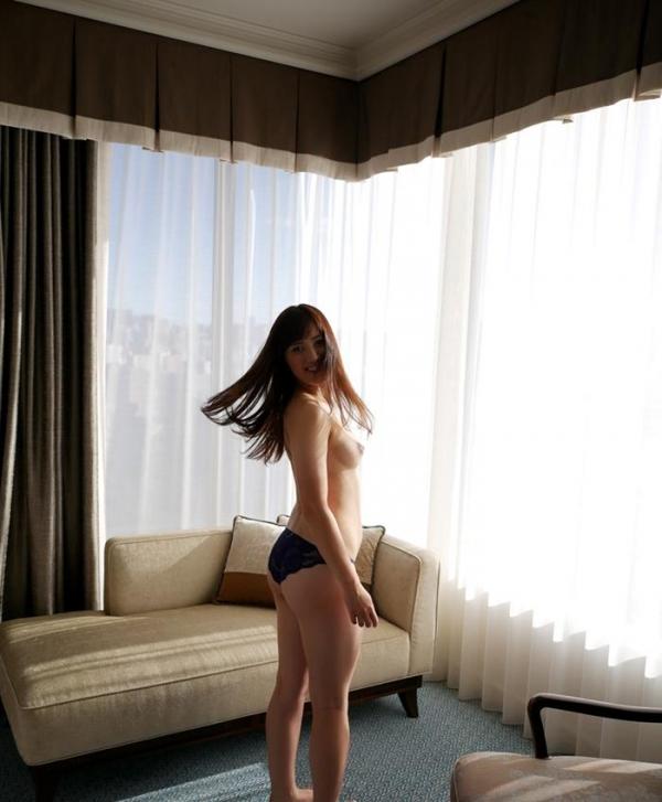 川崎亜里沙 お尻の大きなS級美人SEX画像118枚のb46枚目
