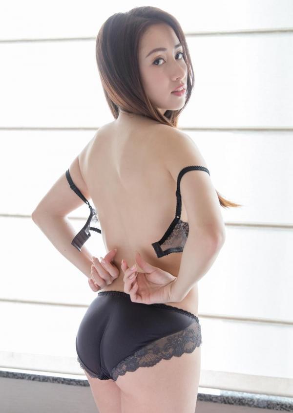 霧島レオナ ピンク乳首の巨乳ハーフ美女SEX画像72枚のa10枚目