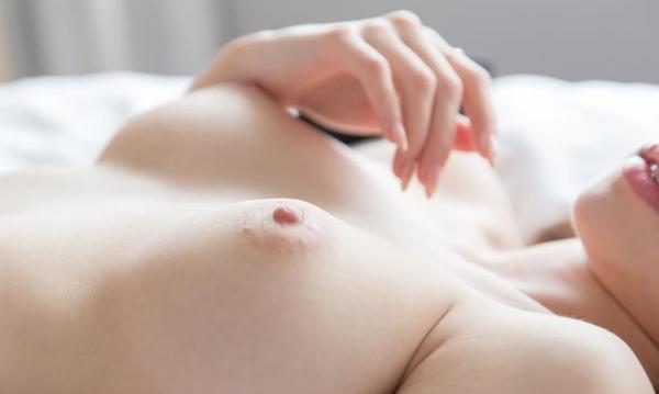 霧島レオナ ピンク乳首の巨乳ハーフ美女SEX画像72枚のa20枚目
