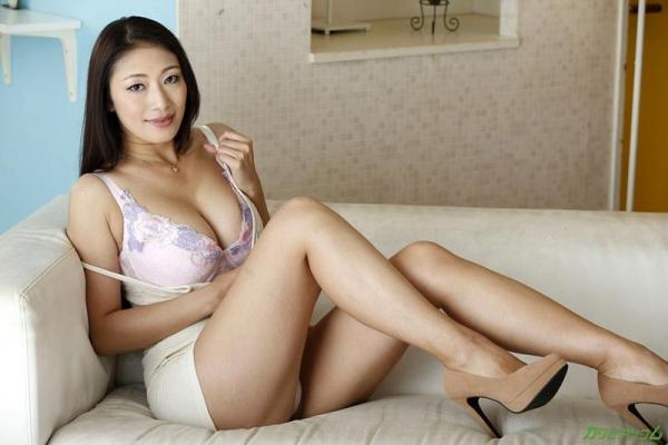 熟女AV女優の小早川怜子さん、撮影だけじゃ満足できないドスケベ女らしい 画像46枚のb003枚目