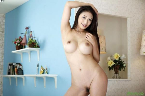 熟女AV女優の小早川怜子さん、撮影だけじゃ満足できないドスケベ女らしい 画像46枚のb006枚目