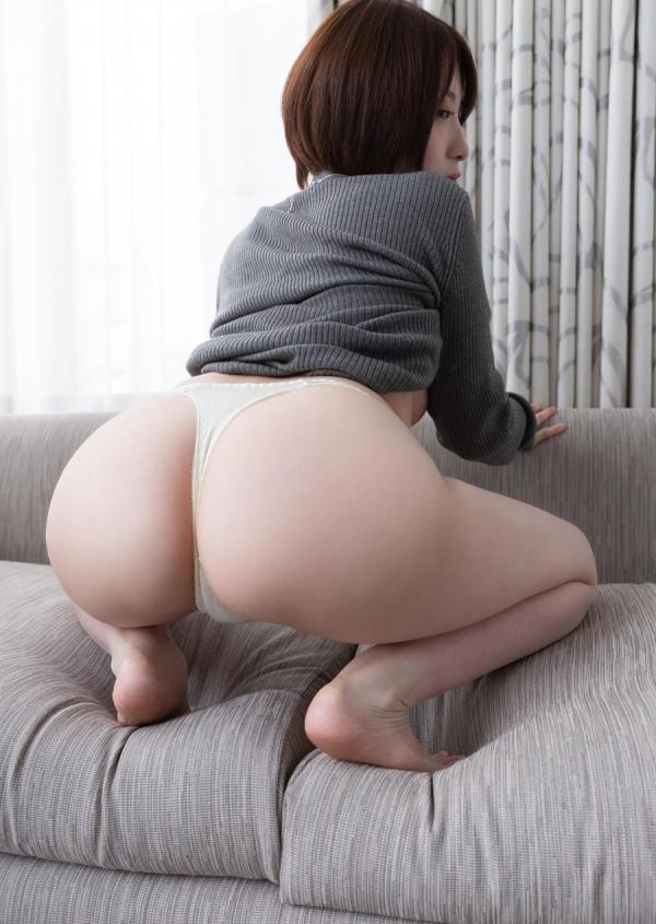 来まえび(鷹宮ゆい)ミニマムな巨乳美女のエロ画像63枚のa11枚目