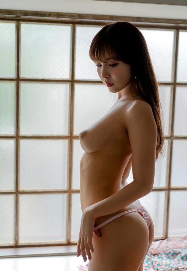 三上悠亜さん、朝まで巨乳を揺らす。画像57枚のb13枚目