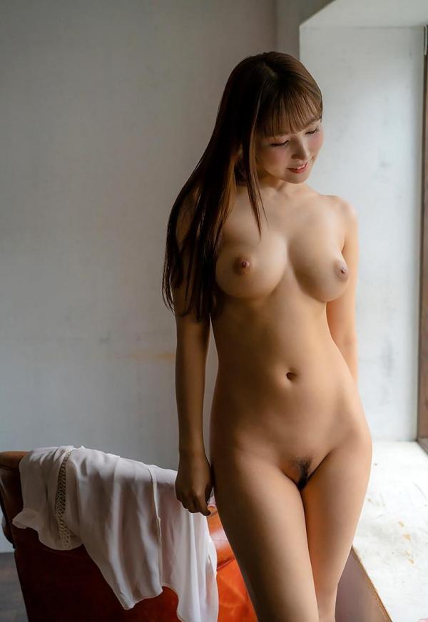 三上悠亜さん、朝まで巨乳を揺らす。画像57枚の2