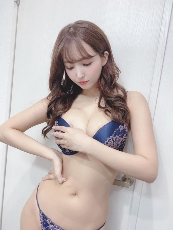 三上悠亜の痴女、レ●プ、緊縛、下着モデルなどてんこ盛り!!画像72枚のa13枚目