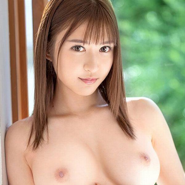 蜜美杏(みつみあん)美脚x美尻x美巨乳の美少女AVデビュー【画像】の1