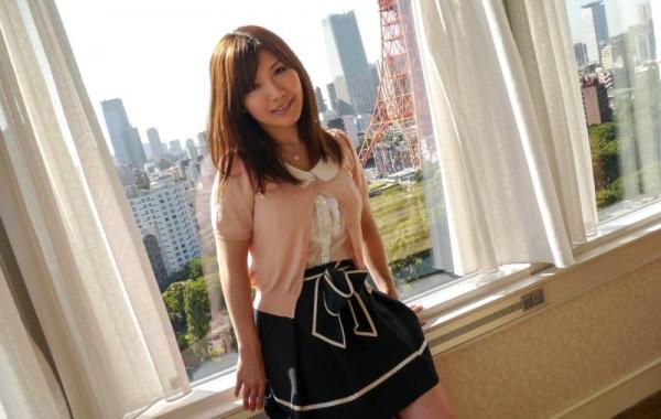 美泉咲(みずみさき)豊潤な肉感ボディの巨乳美女セックス画像100枚のb017枚目